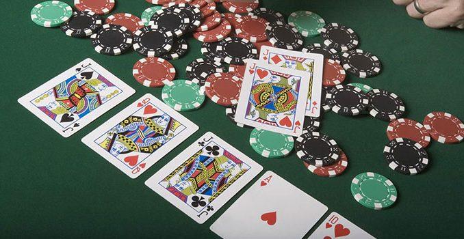 Keuntungan Bermain Di Agen Poker IDNPLAY Terpercaya
